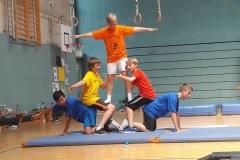 Gestapelte SchülerInnen Workshop Artistik und Akrobatik2